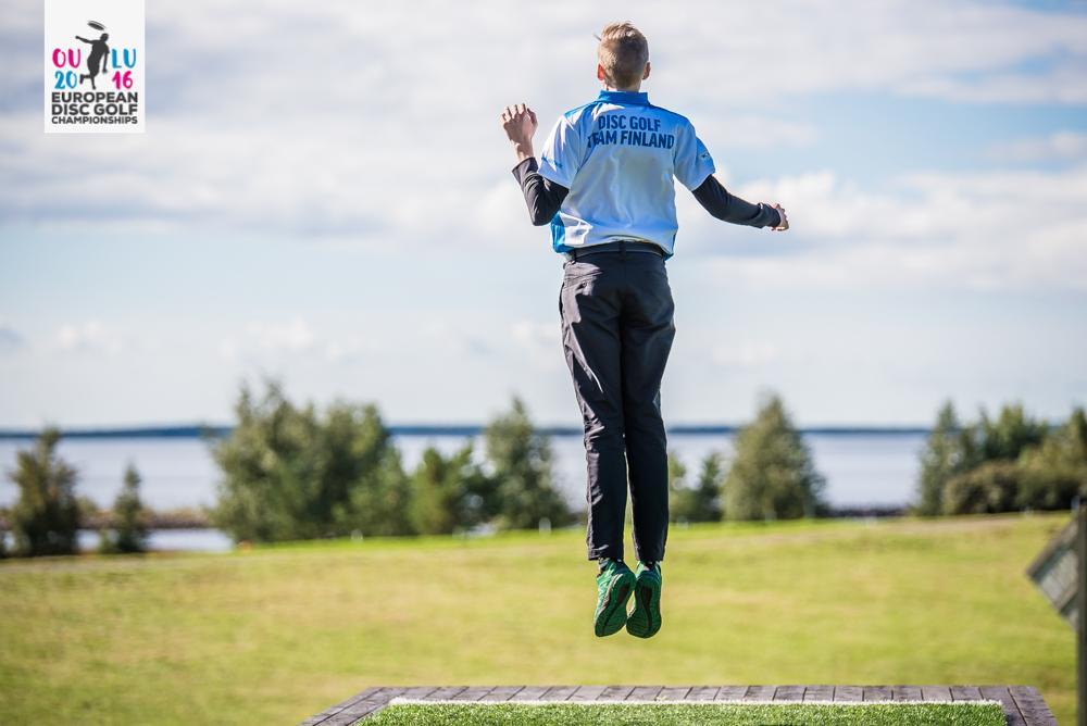 Mikael Hakala hyppäsi kuumeisenakin takaisin kärkiryhmään. Kuva: Eino Ansio / Innova Europe